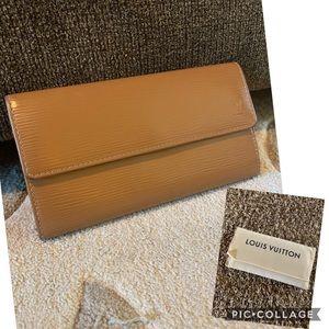 Louis Vuitton Sarah Epi Wallet